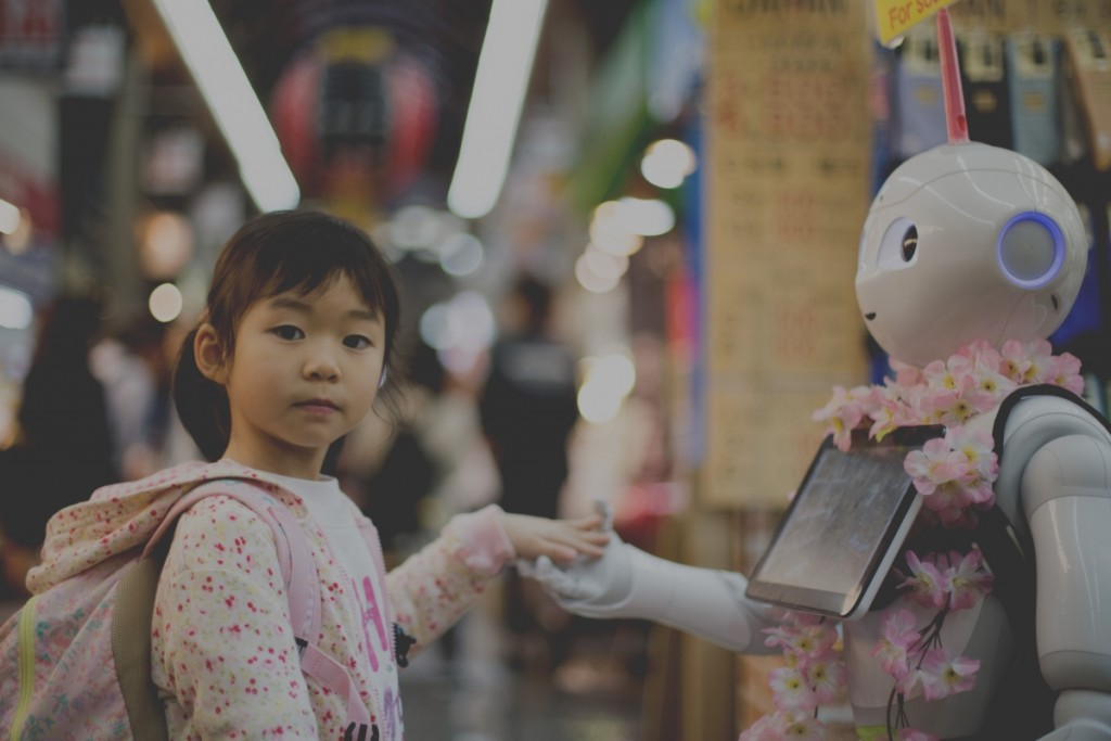 little girl and robot: Society 5.0?